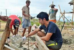 Volunteer in Asia for High School: Building