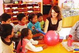 Volunteer in Peru for High School: Care & Community