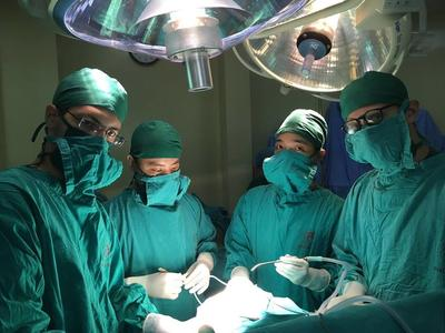 Project Abroad medical volunteers observing in the neurosurgery dept. in Hanoi, Vietnam